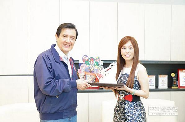 工商時報:馬英九參訪十藝 讚台創業活力2